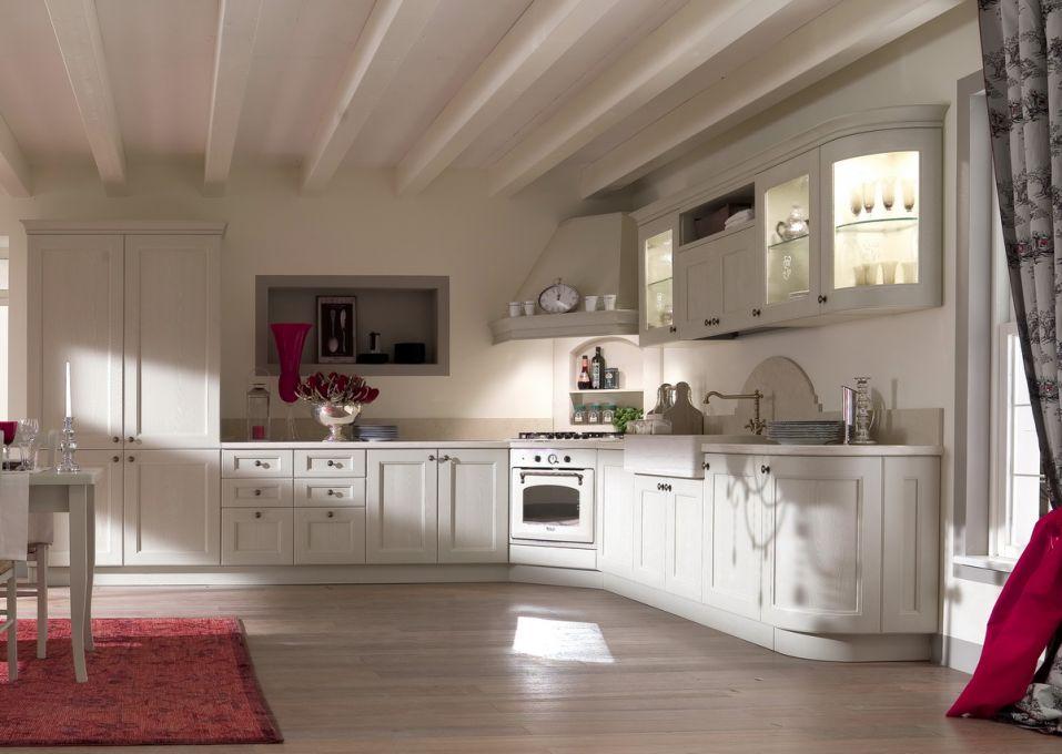 Cucine classiche delca arredamenti for Cirella arredamenti cucine